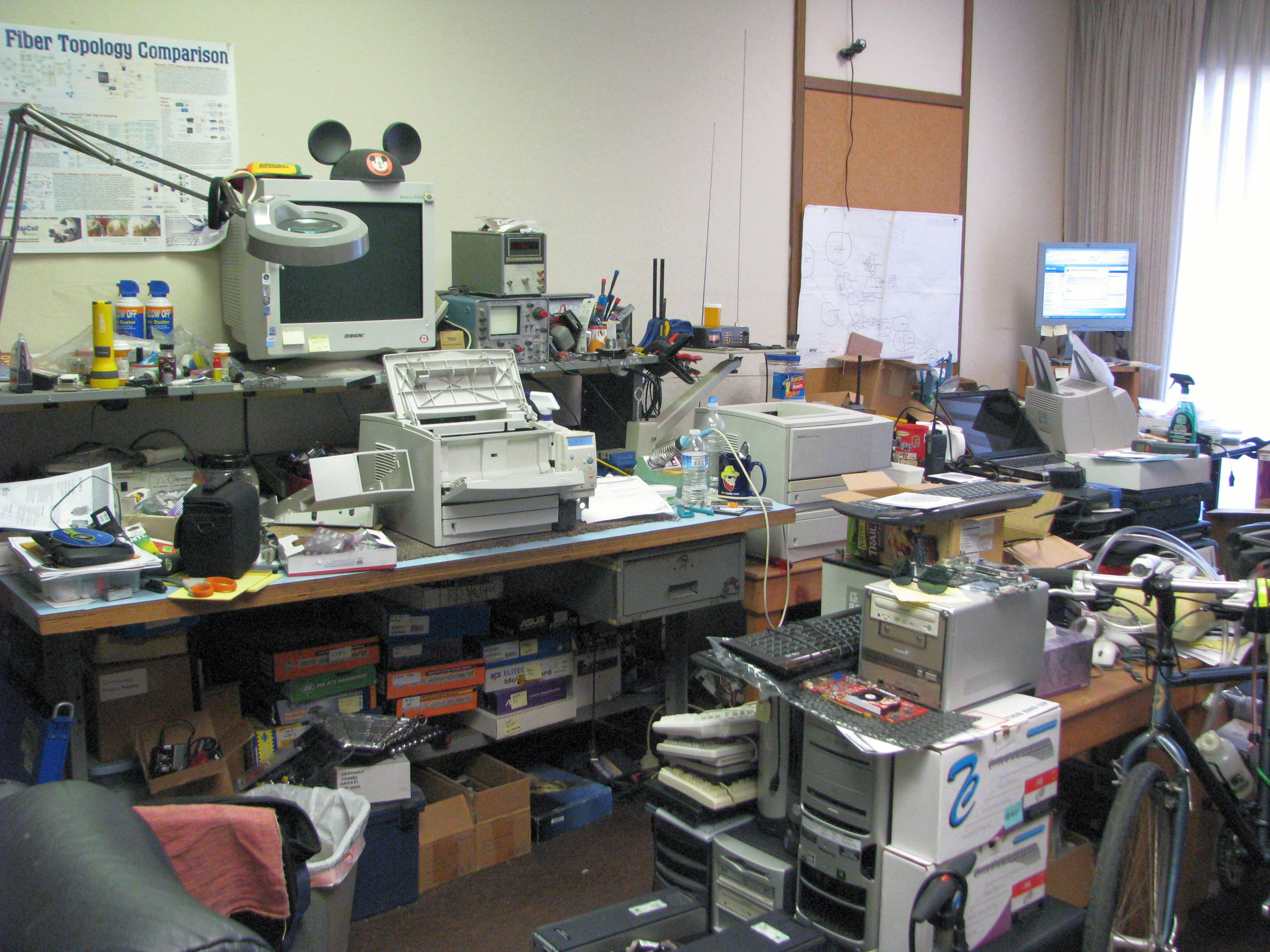 office mess 02