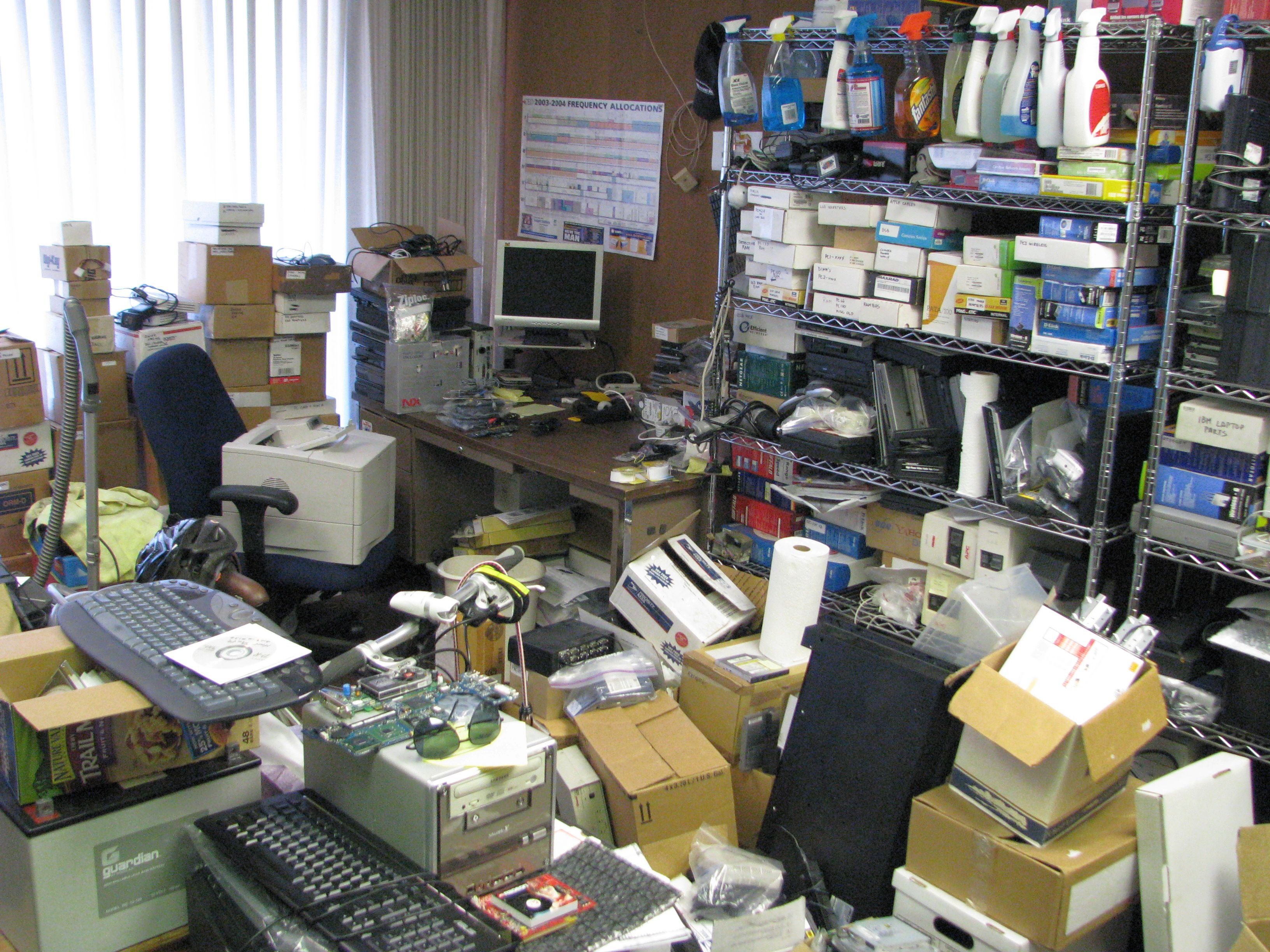 Http 802 11junk com jeffl pics office office mess 03